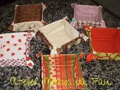 Encomenda Cestinhas!!!!!! (Atelier Mimos da Fau) Tags: café natal cupcakes galinha morango presente xícara limão bombons pintinhos botões encomenda cestinhas