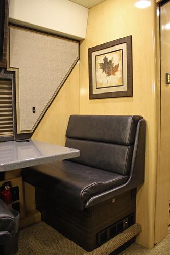 Viper - Rear Lounge
