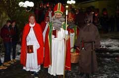 Samichlaus / St. Nikolaus (SchweDan) Tags: santa switzerland santaclaus diener stnikolaus samichlaus schmutzli hnenberg