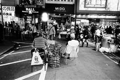 (Yuwei*) Tags: hongkong 香港 夜拍 ricohgr1s streetsnap fujifilmneopan400