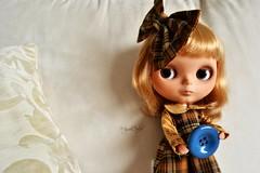 Blythe a Day December 6 - Buttons