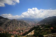 Şehre bir bakış (Atakan Eser) Tags: city rock turkey river türkiye turkiye ottoman kaya nehir amasya turkei osmanlı şehir şehzade dsc5753 yeşilırmak kayamezarı