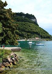 South of Garda (Swedish Goose) Tags: italy lake boats garda sailing lakegarda lagodigarda sigma1850f28 canoneos400d