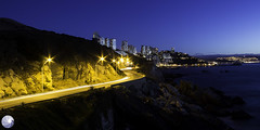 Roca Oceanica Con Con Chile (Axel Garrido Fotos) Tags: chile black luz canon luces noche mar edificios cerro roca rocas exposicion oceano viadelmar concon oceanica canont3 canon1100d