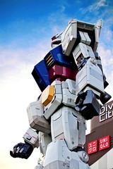 Gundam RX-78-2 in Odaiba :  RX-78-2 (Dakiny) Tags: 2016 spring april japan tokyo koto kotoward aomi odaiba divercitytokyo city street landscape robot gundam nikon d7000 nikkor 35mm f18g afsdxnikkor35mmf18g nikonafsdxnikkor35mmf18g nikonclubit