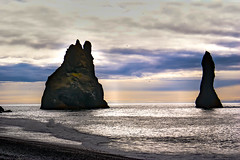 The beach at Vik, Iceland (Jan Thomas Landgren) Tags: island resor vik beach rock rocks lavarocks sea water travel vacation outdoor natur nature clouds iceland sonyalphaa200