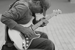DSC2260  Excellent guitarist. (Seaton Carew.) Tags: busker workinghard music technicalability blackwhite monochrome talented