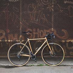 #twwhlspls #oslo #norway #oslosykkel #sykkelioslo #cyclocross #cx #norge #oslo #visitoslo #visitnorway #bike #bikeporn #steelisreal #bike #bikelife #cyclingphotos #ciclismo #cycling #norsksykling #landevei #roadslikethis #fromwhereiride #OpplevOslo #human (Anders Hansen) Tags: instagramapp square squareformat iphoneography uploaded:by=instagram