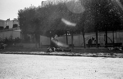 Paris 2015 (Jean Banja) Tags: paris people couple park light