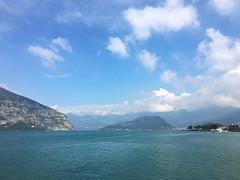 (Paolo Cozzarizza) Tags: italia lombardia brescia iseo acqua lago lungolago panorama cielo
