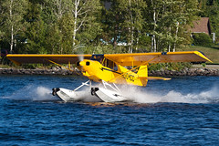 Private Piper/Cub Crafters PA-18-150 Super Cub N904CC (jbp274) Tags: greenville greenvilleseaplaneflyin mooseheadlake flyin airplanes seaplane floatplane 52b lake water piper cubcrafters pa18 supercub