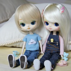 Julia & Julie (Brie Gilmore  ) Tags: sisters twins doll dal sanrio groove rement cinnamoroll 10thanniversary junplanning