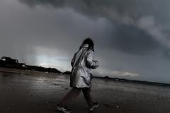 Walking on the moon (Sergi Wave) Tags: november moon storm france beach saint canon silver walking grey gris coast brittany novembre d ile wave bretagne cte breizh 500 weaver 35 sergi emerald argent sergey orage 2012 emeraude 500d lunaire vilaine meraude