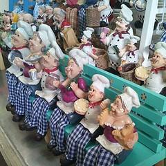 ร้านกาแฟตลาดถนอมมิตร  #ตุ๊กตาเยอะมากกกก