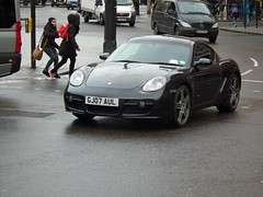 Porsche Cayman S (kenjonbro) Tags: uk england black london westminster trafalgarsquare s porsche cayman charingcross 2007 sw1 tiptronic kenjonbro fujifilmfinepixhs10 gj07aul