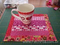 Caneca + Mug Rug (..::PatchPoa::..) Tags: passarinho gato patchwork caneca bolsadetecido mugrug lixinhoparacarro