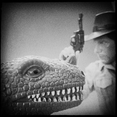 Tuesday (8 Skeins of Danger) Tags: noflash indianajones sideshow 8skeinsofdanger hipstamatic libatique73lens us1776film