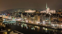 Panorama von Zürich vom Lindenhof bei Nacht (Gilbert Kuhnert) Tags: abend avond beleuchtung bridge brug brücke cafe center centrum church darkness dieschweiz donker donkerheid dunkeldark dunkelheid evening hdr hotel illumination kerk kirche kneipe lamp lampe lampen leuchte liebfrauen light lighting lights limet limig limmat limmig mirror mirroring nacht night predigerkirche reflectie reflection reflektion restaurant schweiz spiegel spiegeling spiegelung stad stadtcitytown suisse switzerland verlichting wasser water winter zentrum zuerich zurich zwitserland zürich