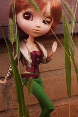 "Rachel says ""hi"" (Rainbowdoom) Tags: pullip groove doll peterpan disney"