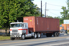 International 9670 Cabover (Trucks, Buses, & Trains by granitefan713) Tags: truck antiquetruck vintagetruck oldschool oldtruck international internationaltruck international9670 9670 coe cabover intermodalhauler sleeper sleepertractor