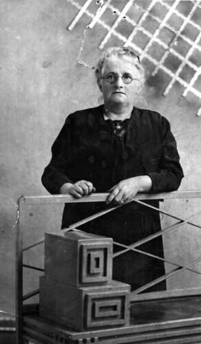Granny Murray Dennistoun, 1920s