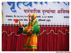 Happy Diwali 2012 - Bhangra on Rang De Basanti (Raman_Rambo) Tags: road india de happy celebration celebrations ganesh program diwali cultural mandir ganapati shubh bhangra 2012 deepavali marathi rang mudra basanti phadke ganeshmandir dombivli maharashatra happydiwali rangdebasanti maharastrian bhangda kalaniketan phadkeroad dombivlikar shreemudrakalaneeketan kalaneeketan