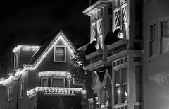 all the trimmings (pbo31) Tags: sanfrancisco california christmas city november urban blackandwhite bw black building home architecture night dark lowlight nikon holidays structure neighborhood greenstreet 2012 pacificheights d700