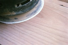 00540006-84 (jjldickinson) Tags: olympusom1 fujicolorsuperiaxtra400 roll396 promastermcautozoommacro2870mmf2842 promasterspectrum772mmuv wrigley wood cherry board printmaking woodblock mokuhanga woodgrain ganahllumbercompany dewalt sander randomorbitalsander powertool longbeach