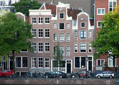 Aan de gracht.... ( Annieta  Off / On) Tags: house holland nature netherlands amsterdam canon nederland natuur powershot september s2is huis faade allrightsreserved 2012 gevel canalhouses grachtenpand annieta usingthisphotowithoutpermissionisillegal mygearandme mygearandmepremium