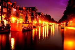 Herengracht (JJ Erhardt) Tags: sunset summer sky holland dutch amsterdam night lights jj warm long exposure perspective centrum herengracht gracht brouwersgracht erhardt woonboot