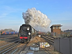 Powering Through (Deepgreen2009) Tags: winter cold london station train tour freezing railway victoria steam southern busy eastbourne hastings exhaust claphamjunction tangmere bulleid uksteam sussexbelle