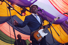 Booker T @ Mostly Jazz Festival 7 (preynolds) Tags: concert gig livemusic dof canon5dmarkii mark2 raw tamronsp70200f28divcusd tamron70200 frontman singer singing guitar guitarist fendertelecaster festival moseley moseleyprivatepark suit hat soul music musician bookertjones birmingham counteractmagazine noflash mostlyjazz2016 stage stagelights