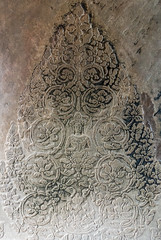 Cambodia temple mural flowers (herr loeffler) Tags: angkorwat asia asien cambodia siemreap archeology floraldesign historical history stonecarving texture wandmural krongsiemreap kh