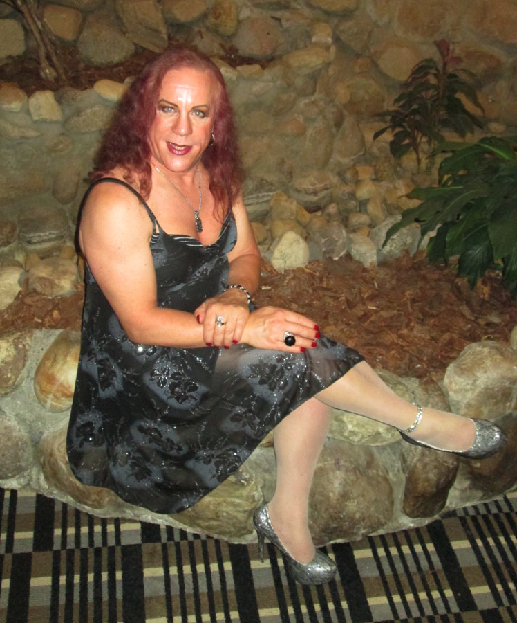 Redhead milf in minidress and stockings