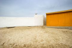 ALGECIRAS-El-Rinconcillo-01 (ikimilikili-klik) Tags: nikond3s d3s nikkor1735mm 1735mmf28d algeciras cádiz andalucía andalousia bahía playa hondartza beach plage casa etxea building arena sand elrinconcillo