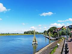 Woudrichem (Timmie10) Tags: netherlands woudrichem afgedamde maas rivier water noord brabant