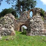 Steinfurth - Ruine der Dorfkirche (14. Jh.) thumbnail