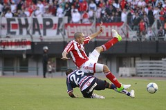 River vs. Unin VIII (peretti) Tags: santafe argentina football buenosaires soccer afa ftbol riverplate unin aliento goles estadiomonumental hinchada primeradivisin fotografadeportiva federicoperetti canon7d