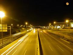 AP7,(Barbera del Valles). (Juanrapajuelo) Tags: luz digital luces noche rojo negro luna cielo autopista campo otoo casas naranja sombras frio camara coches calles amarillos olympussp800uz