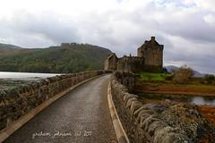 Eilean donan castle (gmj49) Tags: water scotland sony loch duich eileandonancastle gmj a350