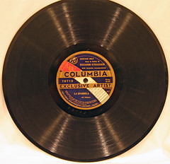 Columbia Exclusive Artist - 79719 (3) (Klieg) Tags: artist columbia brunswick victor 03 collection record victrola exclusive klieg 78s klieger