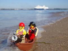 Schatzsuche - Treasure Hunt (captain_joe) Tags: beach water ferry strand toy wasser lego pirate minifig schiff spielzeug kiel fhre pirat minifigure colorline hasselfelde colormagic 365toyproject