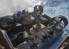 160825-N-TO519-009 (CNE CNA C6F) Tags: amphibiousreadygroup lhd1 sailors training usnavy usswasp wasparg aircushion landingcraft operations welldeck mediterraneansea