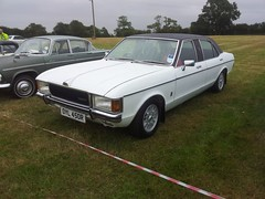 1977 Ford Granada 3000 S Minster (quicksilver coaches) Tags: ford granada colemanmilne minster limousine oyl450r whittlebury