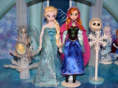 Tinker Bell and Jack Skellington Pocket Pals Next to Classic Elsa and Anna Dolls (drj1828) Tags: pocket pal trinket box olszewski disneyland disneyparks elsa anna frozen