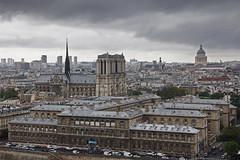 Paris (Noir et Blanc 19) Tags: paris monuments toits urbain vuedelatourstjacques sony a77