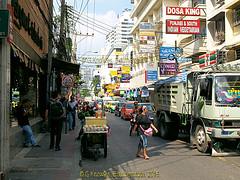 Busy Sukhumvit road, Soi 11 in 2010, Watthana District, Bangkok, Thailand. (samurai2565) Tags: watthanadistrict bangkok thailand gullivers nana skytrain soi3 soi5 soi7 sukhumvitroad nanaplaza morningnight hanrahans hillarybar soi4 nanasquare beergarden maximsinn foodland soiarab excursiontravel