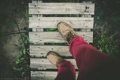 T R A M P L A N D (Jonhatan Photography) Tags: canon foot pies chile livefolk explrer vsco puente wood shot
