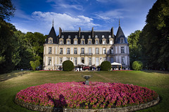 Santeny, France - Engaged ! (GlobeTrotter 2000) Tags: santeny paris france castle wedding engagement summer party celebration