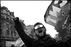 Anarchie !!! (Eric Kadijevic) Tags: leica paris france m8 anarchy 24mm montparnasse marche manif manifestation grve colre anarchie droits austrit pouvoirdachat asphrique 14novembre2012